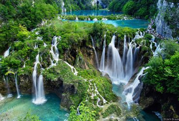 Surrounding national parks - National park Plitvice Lakes