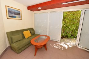 Apartments Gajac - Accommodation unit - Summer residence Holly - Three bedroom apartment - Living room with terrace