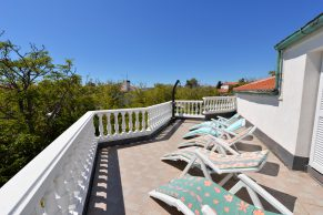 Apartments Gajac - Accommodation unit - Summer residence Holly - Three bedroom apartment - First floor terrace