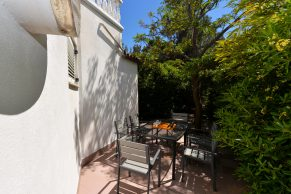 Apartments Gajac - Accommodation unit - Summer residence Holly - Three bedroom apartment - Ground floor terrace - 03