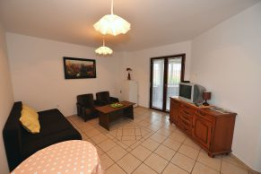 Apartments Gajac - Accommodation unit - Summer residence Ljiljana - One bedroom apartment - Living room with sofa bed for 2 people
