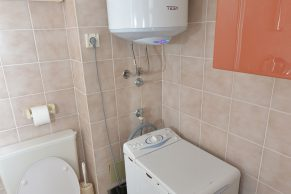 Apartments Gajac - Accommodation unit - Summer residence Kathy - Two bedroom apartment - Bathroom - 01a