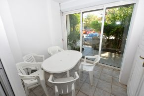 Apartments Gajac - Accommodation unit - Summer residence Kathy - Two bedroom apartment - Terrace and dining area