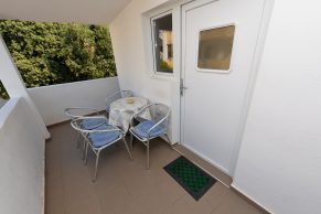 Apartments Mandre - Accommodation unit - Summer residence Magdalena - Two bedroom apartment - Balcony - 01a