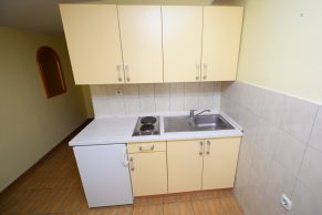 Apartments Mandre - Accommodation unit - Summer residence Magdalena - Two bedroom apartment - Kitchen - 01a