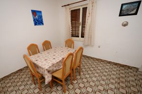 Apartments Mandre - Accommodation unit - Summer residence Magdalena - Three bedroom apartment - Dining room
