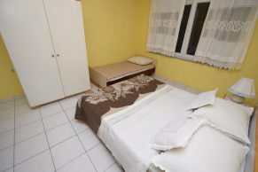Apartments Mandre - Accommodation unit - Summer residence Stosica - Two bedroom apartment - Bedroom - 01