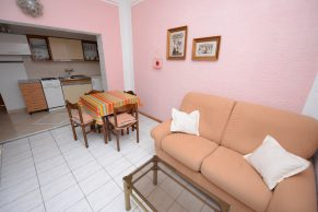 Apartments Mandre - Accommodation unit - Summer residence Stosica - Two bedroom apartment - Kitchen, living and dining area -