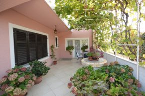Apartments Mandre - Accommodation unit - Summer residence Stosica - Two bedroom apartment - Terrace and garden - 01