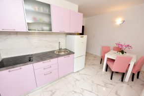 Apartments Novalja - Accommodation unit - Summer residence Brezovka - Two bedroom apartment - Kitchen and dining room - 01