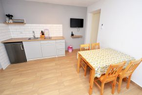 Apartments Novalja - Accommodation unit - Summer residence Goga - One bedroom apartment - Kitchen and dining room - 01a