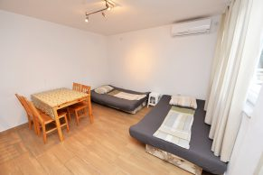 Apartments Novalja - Accommodation unit - Summer residence Goga - One bedroom apartment - Dining and living room with beds for 2 people - 01
