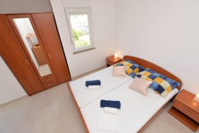 Apartments Novalja - Accommodation unit - Summer residence Mate - One bedroom apartment - Bedroom - 01d