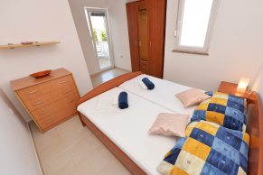 Apartments Novalja - Accommodation unit - Summer residence Mate - One bedroom apartment - Bedroom - 01c