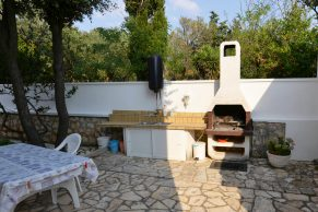 Apartments Novalja - Summer residence Josipa - Terrace with barbecue - 01a